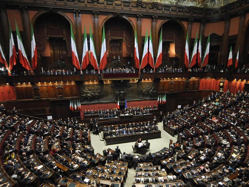 È l'ora di un'unica assemblea parlamentare